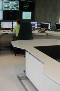 TABLE DSCN6119