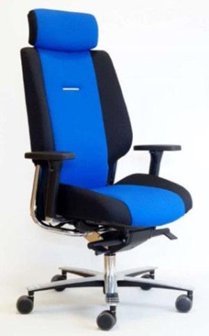 AKZAR seat